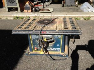 Mastercraft Table saw - Tools